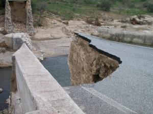 Aiuti post-alluvione:  distrazione o sadismo?