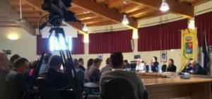 Dibattito su autonomia e indipendenza a Siamaggiore IL VIDEO